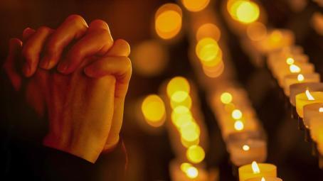 prayinghandsas_hdv